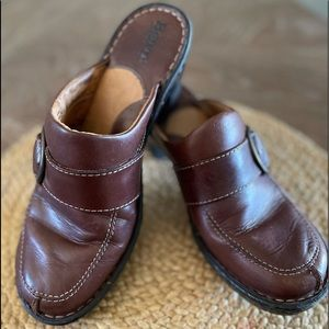 Womens Born Brown leather Clog Mules